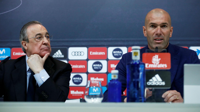 Conferencia de prensa en Valdebebas, Madrid, España el 31 de mayo de 2018 con el presidente del Real Madrid Florentino Pérez y el entrenador Zinedine Zidane anunciando su dimisión.