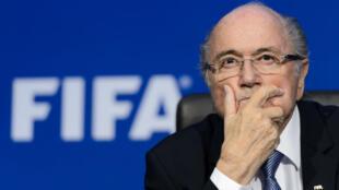 Le président de la Fifa Sepp Blatter, dans le viseur de la justice suisse.