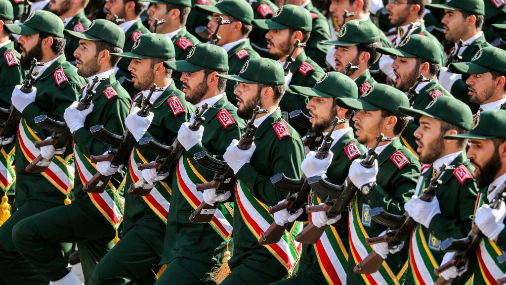 Imagen de archivo. Miembros de la Guardia Revolucionaria de Irán marchan durante el desfile militar anual que marca el aniversario del estallido de la devastadora guerra de 1980-1988 con Irak. Teherán, Irán, el 22 de septiembre de 2018.