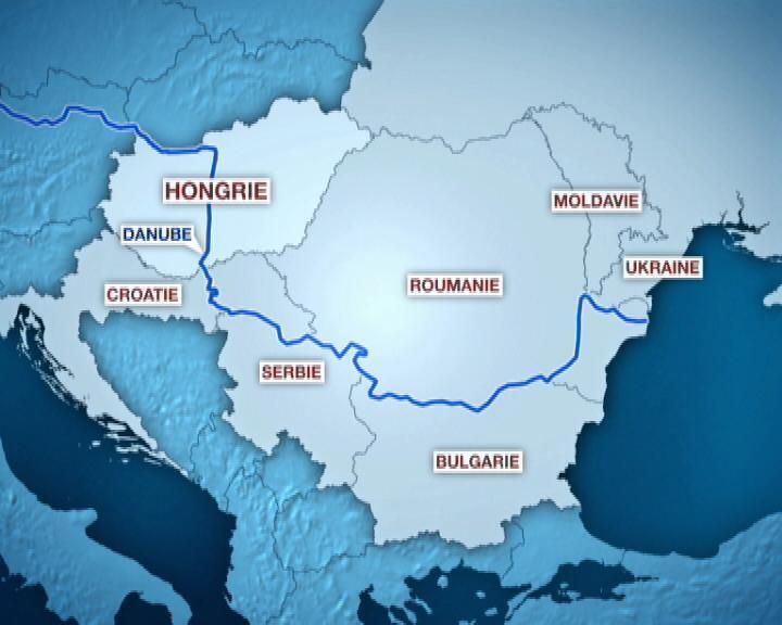 La catastrophe industrielle fait craindre une pollution de grande ampleur car le Danube traverse six pays en aval de la Hongrie.