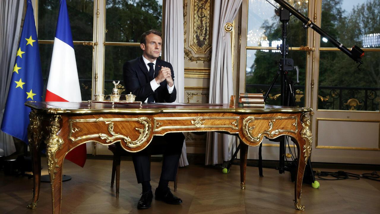 Macron - TV