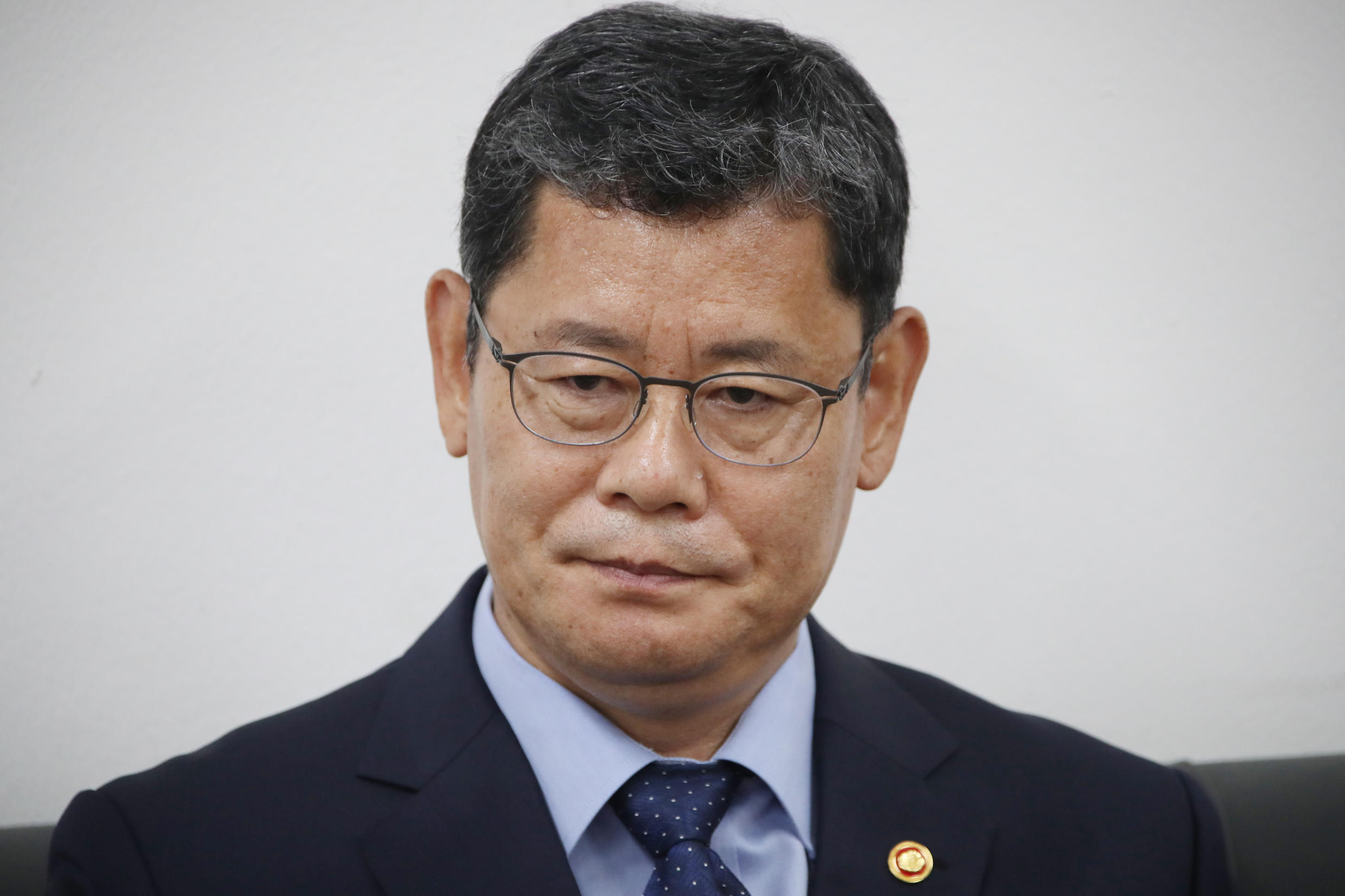 South Korean Unification Minister Kim Yeon-chul meets with reporters at the government complex in Seoul on June 17, 2020, to announce his offer to resign over the worsening of inter-Korean relations.