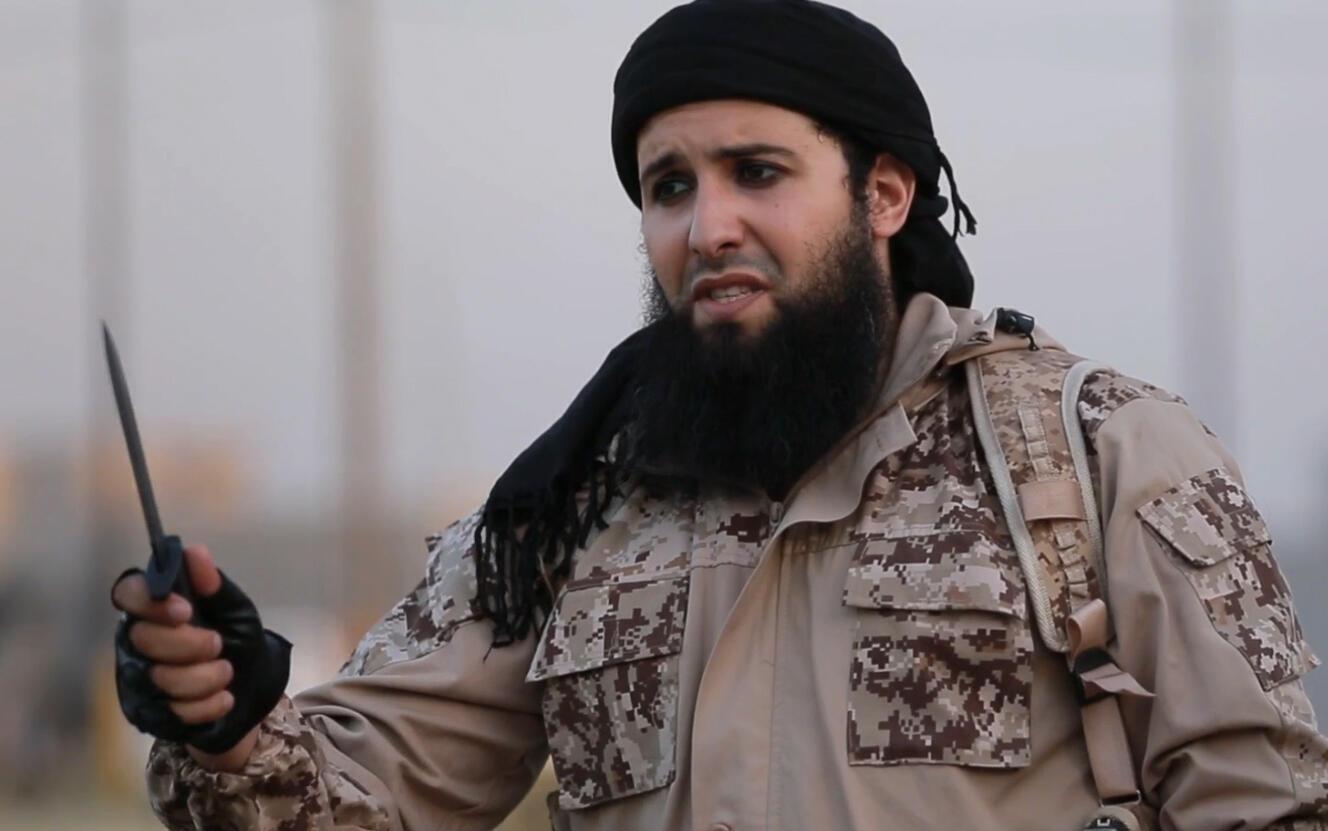 Une photo de Rachid Kassim tirée d'une vidéo de propagande de l'organisation État islamique.