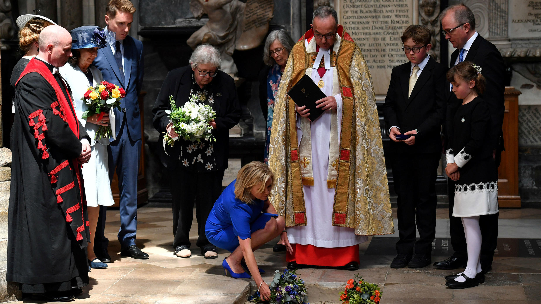 Las cenizas de Stephen Hawking fueron depositadas en la Abadía de Westminster durante una pequeña ceremonia fúnebre. 15 de junio de 2018.