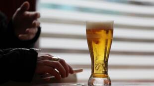 La justice a suspendu la vente du Baclocur, deux jours seulement après le début de sa commercialisation en tant que seul médicament à base de baclofène autorisé pour traiter l'alcoolisme