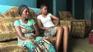 La fille d'Alice, 19 ans, n'a pas vécu le génocide mais elle montre des symptômes de stress post-traumatique