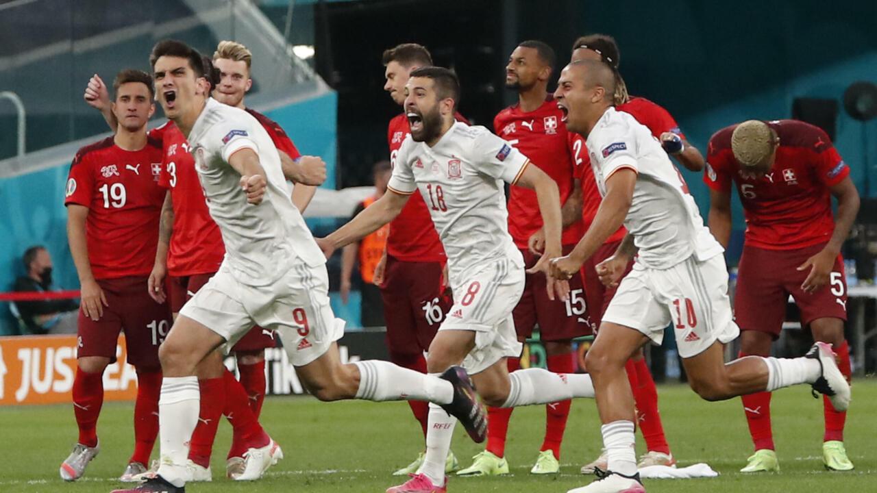 إيطاليا الفتية وإسبانيا الموهوبة تتنازعان بطاقة نهائي كأس أوروبا في مبارة لا تحتمل الرهان