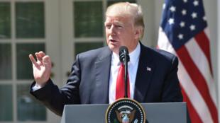 دونالد ترامب خلال لقائه العاهل الأردني عبدالله الثاني في البيت الأبيض بواشنطن / 05-04-2017