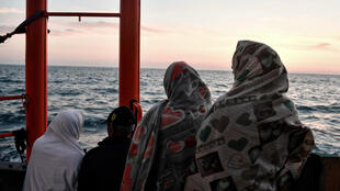 """""""L'Aquarius"""", bateau humanitaire de Médecins sans frontières, sur la Méditerranée, en mai 2018."""