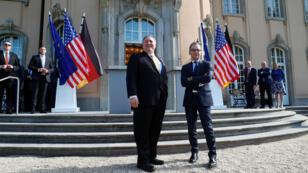El Secretario de Estado de los EE. UU., Mike Pompeo, a raíz de su reunión con el Ministro de Relaciones Exteriores de Alemania, Heiko Maas, en la casa de huéspedes Villa Borsig en Berlín, Alemania, el 31 de mayo de 2019.