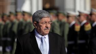 صورة أرشيفية لرئيس الوزراء الجزائري السابق أحمد أويحيى