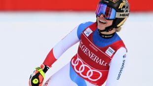 La Suissesse Lara Gut-Behrami victorieuse du super-G de Garmisch-Partenkirchen, en Allemagne, le 1er février 2021