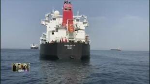 وصول أول ناقلات النفط الإيرانية إلى المياه الإقليمية الفنزويلية.