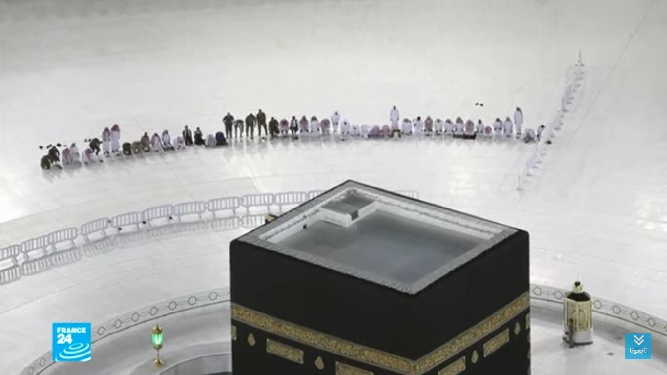 الحرم المكي خال من المصلين في أول أيام رمضان 2020, مشهد يكاد لا يصدق.