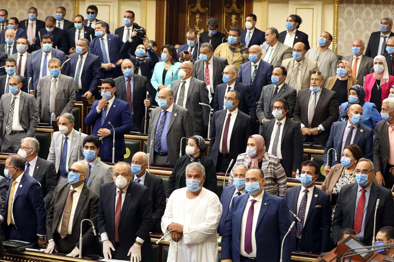 Les députés égyptiens réunis au Caire, le 20 juillet, ont approuvé une possible intervention en Libye.