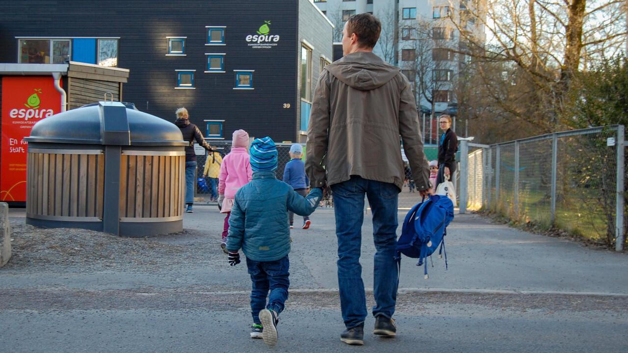 La Norvège, où l'épidémie de nouveau coronavirus est sur le recul, a rouvert les écoles pour les plus petits lundi 27 avril.
