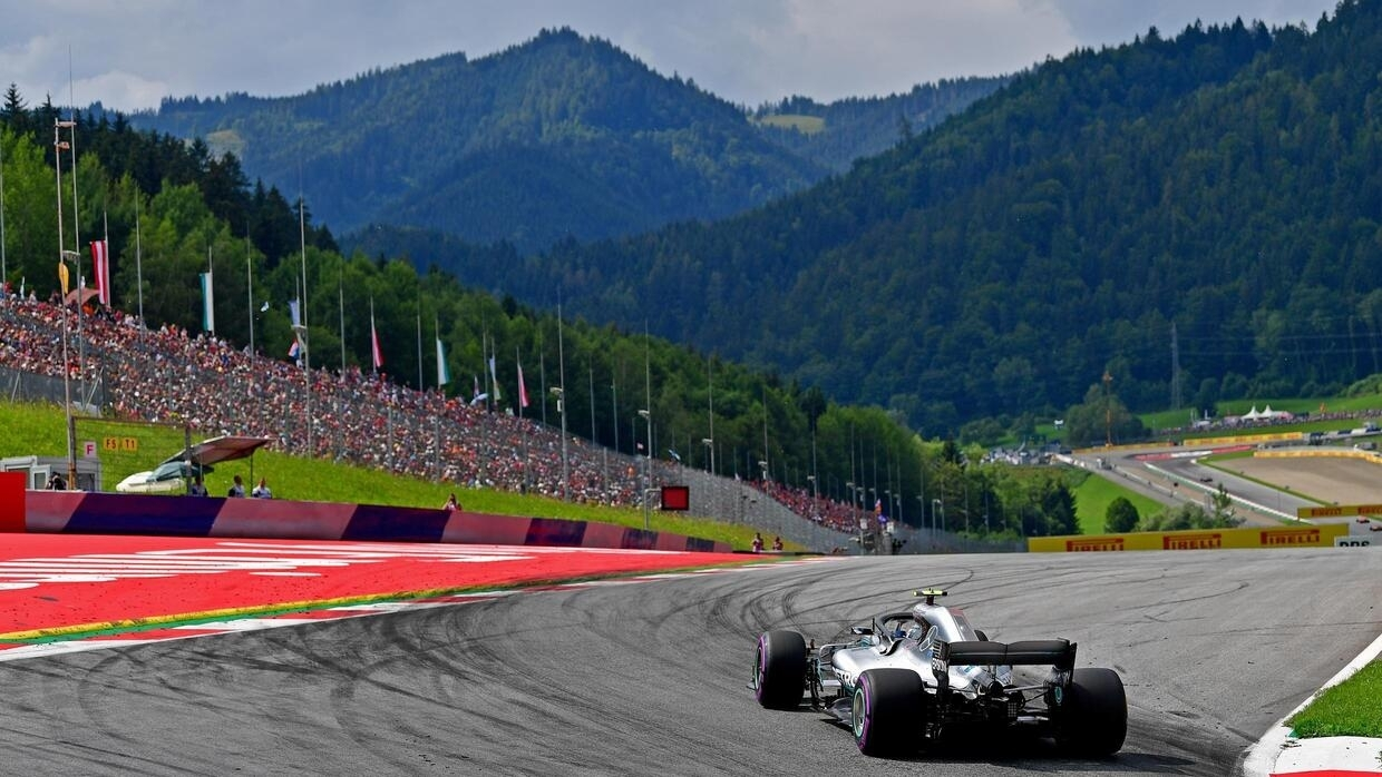 F1 season to open in Austria after government backs Spielberg double act