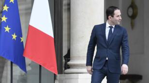 Benoît Hamon, jeudi 2 février 2017, à sa sortie de l'Élysée après avoir rencontré le président de la République François Hollande.
