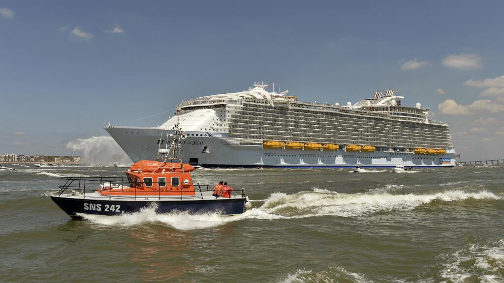 Mi-mai, le chantier naval STX de Saint-Nazaire avait déjà livré le Harmony of the Seas, le plus gros navire de croisière du monde.
