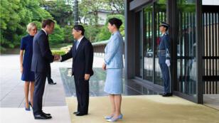 Emmanuel Macron et son épouse Brigitte ont été reçus à Tokyo par l'empereur Naruhito et l'impératrice Masako.