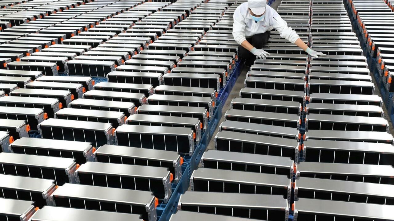 Des millions de batteries à recycler: l'automobile se prépare pour 2030 - France 24