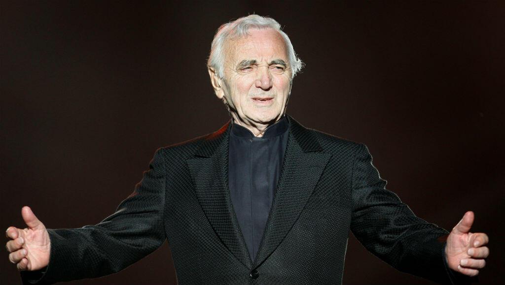 El cantante francés Charles Aznavour durante el Festival de verano de Quebec el 6 de julio de 2008.