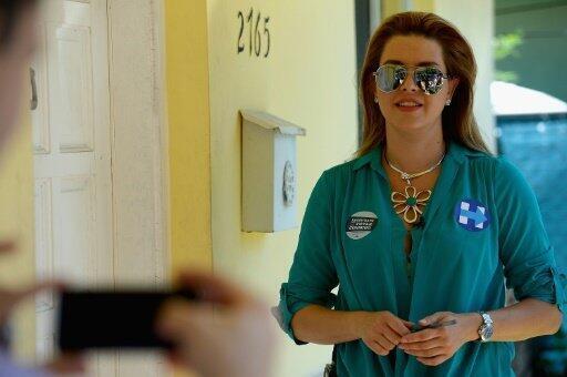 أليشا ماتشادو، ملكة جمال الكون السابقة خلال حملة لهيلاري كلينتون في ميامي. 19 آب/أغسطس 2016