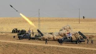 قوة عراقية تطلق صاروخا باتجاه البشمركة في منطقة فيشخابور الحدودية مع تركيا وسوريا في 26 تشرين الأول/أكتوبر 2017