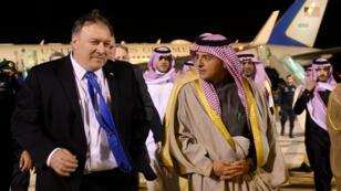 عادل الجبير مستقبلا وزير الخارجية الأمريكي مايك بومبيو في الرياض. 13 يناير/كانون الثاني 2019.