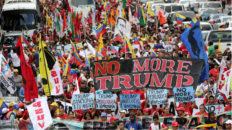 Partidarios del presidente Nicolás Maduro, en una manifestación contra las sanciones de Estados Unidos contra Venezuela, en Caracas, el 10 de agosto de 2019.