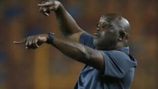 المدرب الجنوب الأفريقي لفريق الأهلي المصري بيتسو موسيماني