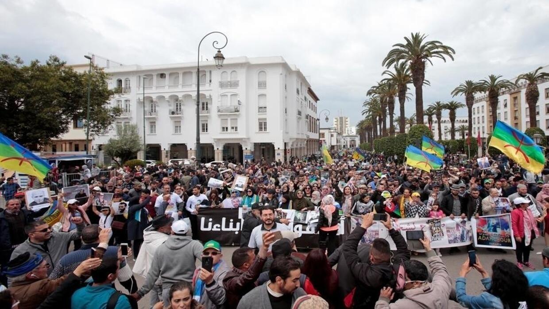 المغرب: وقفات احتجاجية لعائلات معتقلي حراك الريف تنديدا بعزل بعضهم في زنازين انفرادية