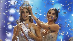 La candidata Valeria Morales recibe la corona como nueva Señorita Colombia. Imagen toamda el domingo 30 de septiembre de 2018.
