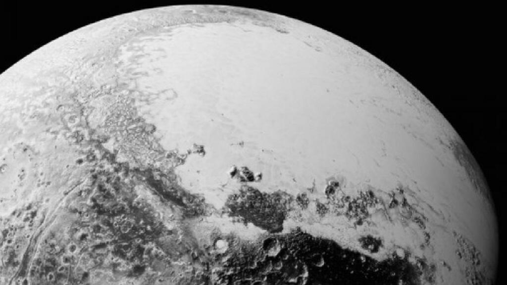 """صورة نشرتها وكالة """"الناسا"""" لسطح كوكب بلوتو في 14 تموز/يوليو 2015"""