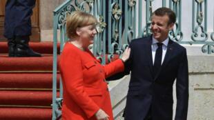 La chancelière allemande Angela Merkel et le président français Emmanuel Macron, mardi 19 juin 2018, à Meseberg, près de Berlin.