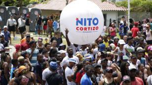 Personas participan en el inicio de campañas, este domingo 3 de marzo en la sede principal del tribunal electoral, en Ciudad de Panamá (Panamá).