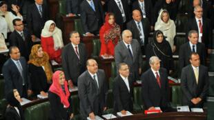 Vive émotion, mardi 2 décembre, pour la rentrée du premier Parlement tunisien depuis la révolution de janvier 2011.