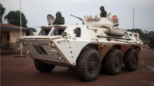 Des soldats de la Minusca patrouillent à Gamboula, en République centrafricaine, début juillet.