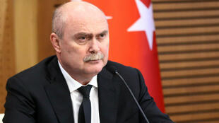 وزير الخارجية التركي فريدون سنيرلي أوغلو