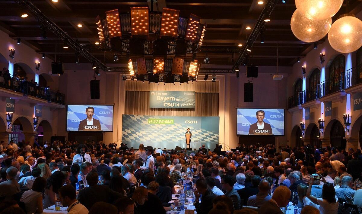 Le chancelier fédéral d'Autriche Sebastian Kurz lors d'un meeting de fin de campagne de la CSU à Munich, le 12 octobre 2018.