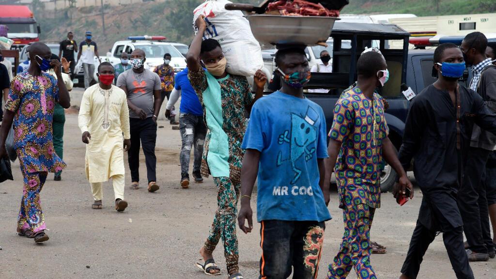 Le Covid-19 se propage en Afrique et menace 50 millions d'habitants d'extrême pauvreté