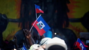 3_HAITI-POLITICS (1)