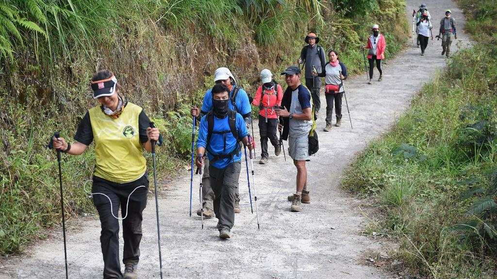 Un grupo de escaladores extranjeros fue visto caminando por una de las rutas del vocán el 30 de julio de 2018.