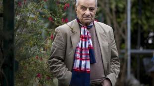 Arsène Tchakarian, résistant du célèbre groupe Manouchian, en 2011.