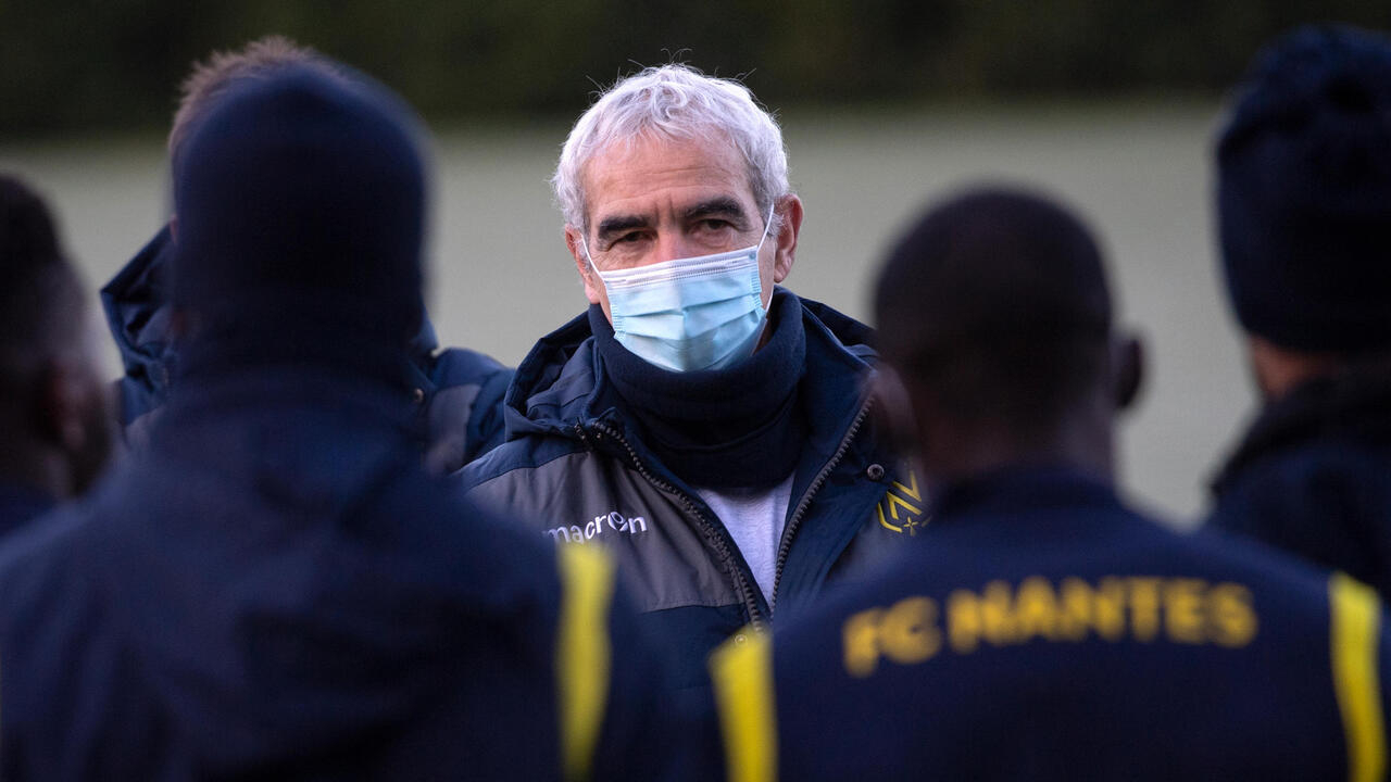 Nantes First Eventful Training For Raymond Domenech France 24 Teller Report