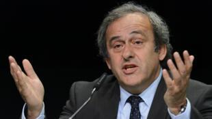 - رئيس الاتحاد الأوروبي لكرة القدم الفرنسي ميشال بلاتيني