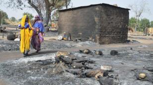Une maison incendiée par Boko Haram à Mairi, dans les faubourgs de Maiduguri.