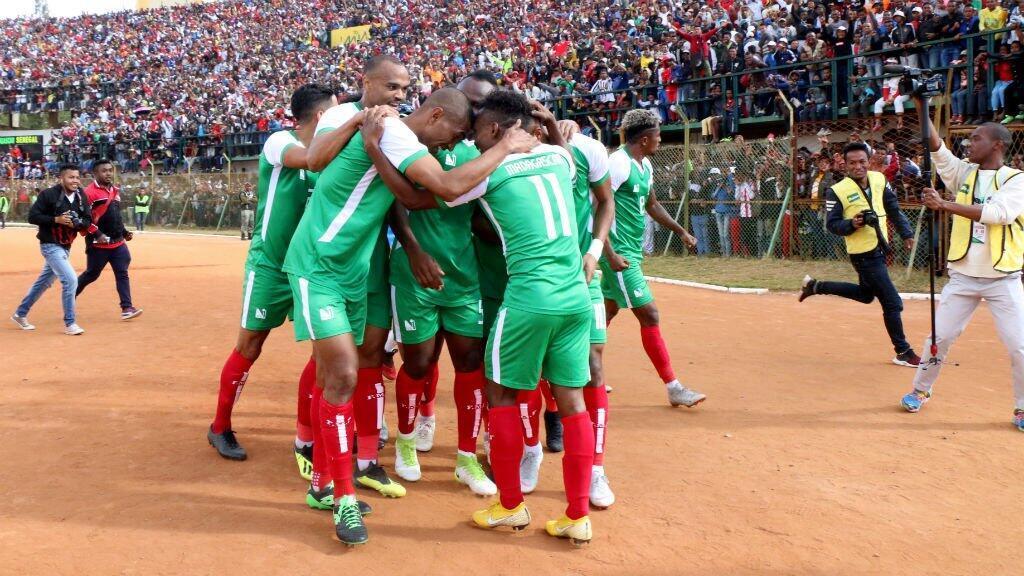فرحة لاعبي منتخب مدغشقر بعد تأهلهم لكأس الأمم 2019