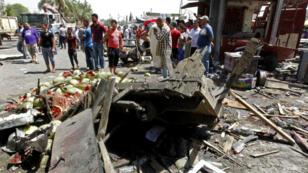 Une voiture piégée garée sur l'un des principaux ponts de Bagdad a explosé mardi 30 mai.