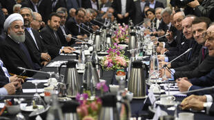 Le président Rohani a recontré le ministre français de l'Économie Emmanuel Macron le 27 janvier.